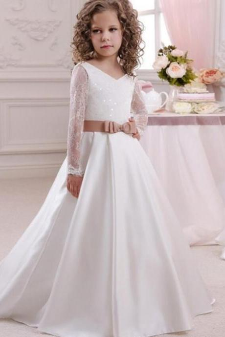 2018 Generous Lace Up Open V Back Appliques Bow Lace Tribute Silk First Communion Dresses Girls England Style Tulle Ball Gowns